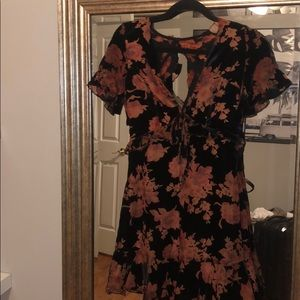 Floral flowy mini velvet dress